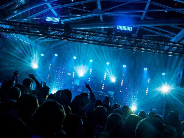 010-DJ-palvelut-kansikuva