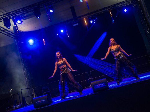 028-Tanssijat